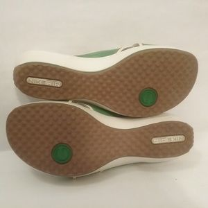 Cole Haan Shoes - Cole Haan slide womens sandals green and white
